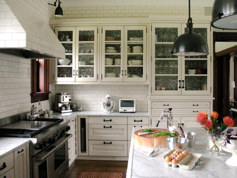 Glass door kitchen cabiner